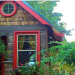 Portland Garden Cottages – Intimate Spaces from Recycled Building Materials